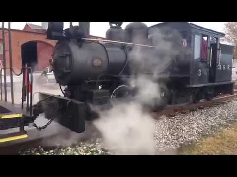 Amazing Train in Maine.  Narrow Guage STEAM ENGINE
