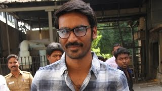 It is my dream to get the best actor award from Kamal sir - Dhanush