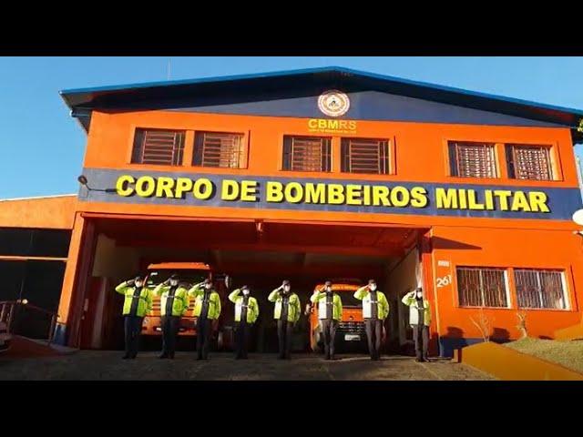Corpo de Bombeiros de Veranópolis presta homenagem aos colegas vítimas do incêndio na SSP