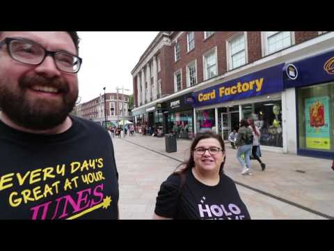 I slipped in the shower... | Hull Vlog Day 2