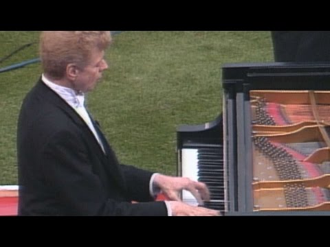 Van Cliburn performs rousing national anthem