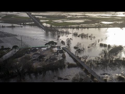 إسبانيا: ارتفاع حصيلة ضحايا العاصفة غلوريا إلى 11 قتيلا  - نشر قبل 2 ساعة