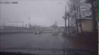 Такси попало в ДТП в Смоленске(, 2017-02-19T02:55:40.000Z)