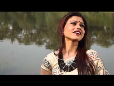 Aji Jhoro Jhoro Mukhoro Badoro Dine - Debarati Dasgupta Sarkar