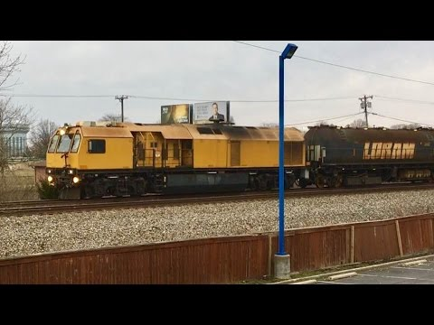Loram Rail Grinder In Action! & Dangerous Amtrak No Horn Zone At Night! Ppl Walk Around Gates!