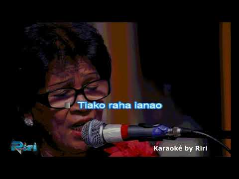Tiako raha ianao Fanja Andriamanantena karaoké by Riri YOUTUBE