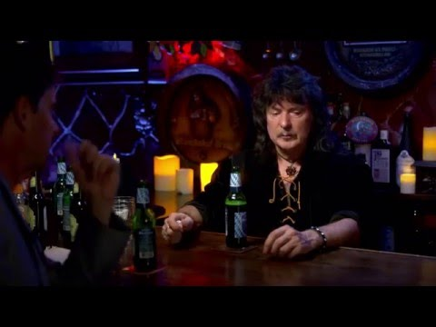 Ritchie Blackmore chatting about Rainbow and Joe Lynn Turner.
