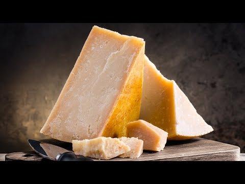 Почему пармезан стоит так дорого, и другие забавные факты о сыре