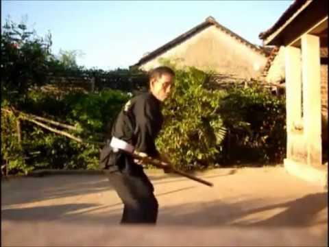 Võ sư Hồ Sơn Kỳ - 70 tuổi ( môn đồ Bình Thái Đạo) - Côn