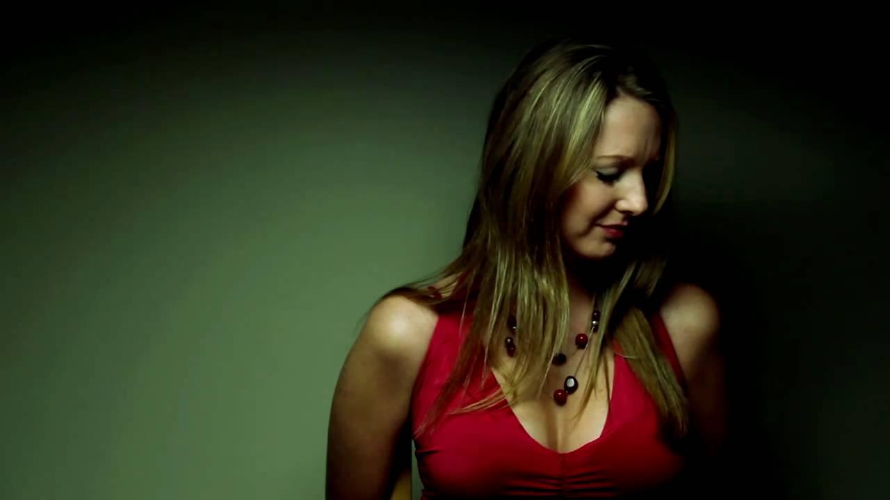 Melissa LeEllen Nude Photos 40