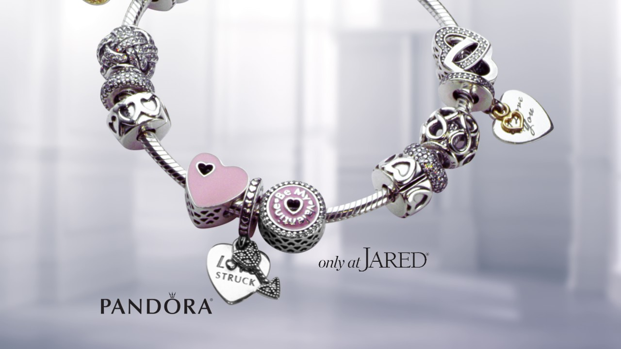 Pandora love note 15 commercial from jared youtube for Pandora jewelry commercial 2017
