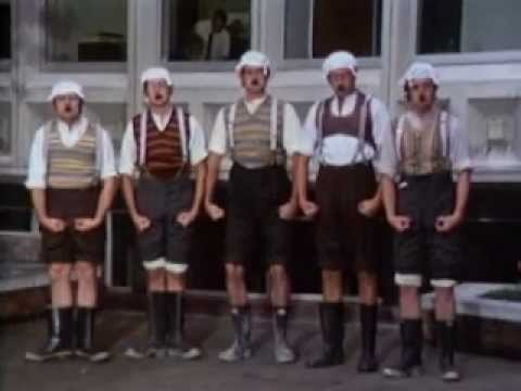 Monty Python - The architect sketch VOSTFR