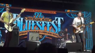 Houndmouth 2016-03-27 Honey Slider at Byron Bay Bluesfest