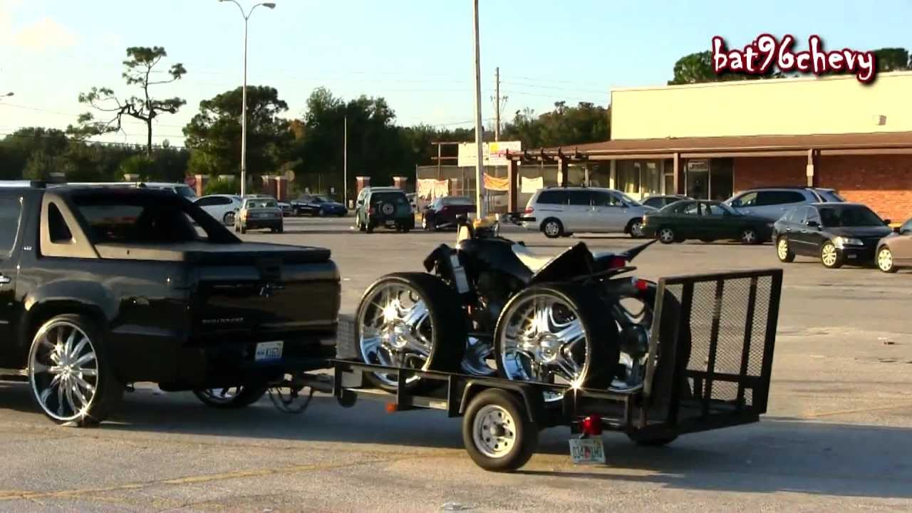 Chevy Avalanche Truck On 28s Towing A 4 Wheeler On 26s 1080p Hd