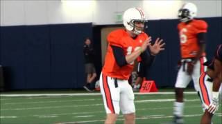 Auburn quarterbacks work draw, read drills