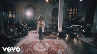 Смотреть клип Arianne - Basta Que Me Toque / Mãos Ensanguentadas De Jesus