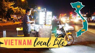 Vietnam: Fried Dumplings single shot of local life