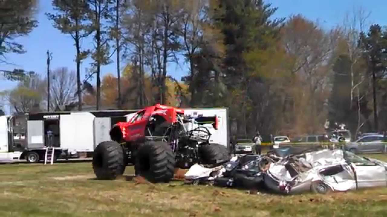 Bigfoot Monster Truck Crushing Cars At M M Tire Summerfield Nc