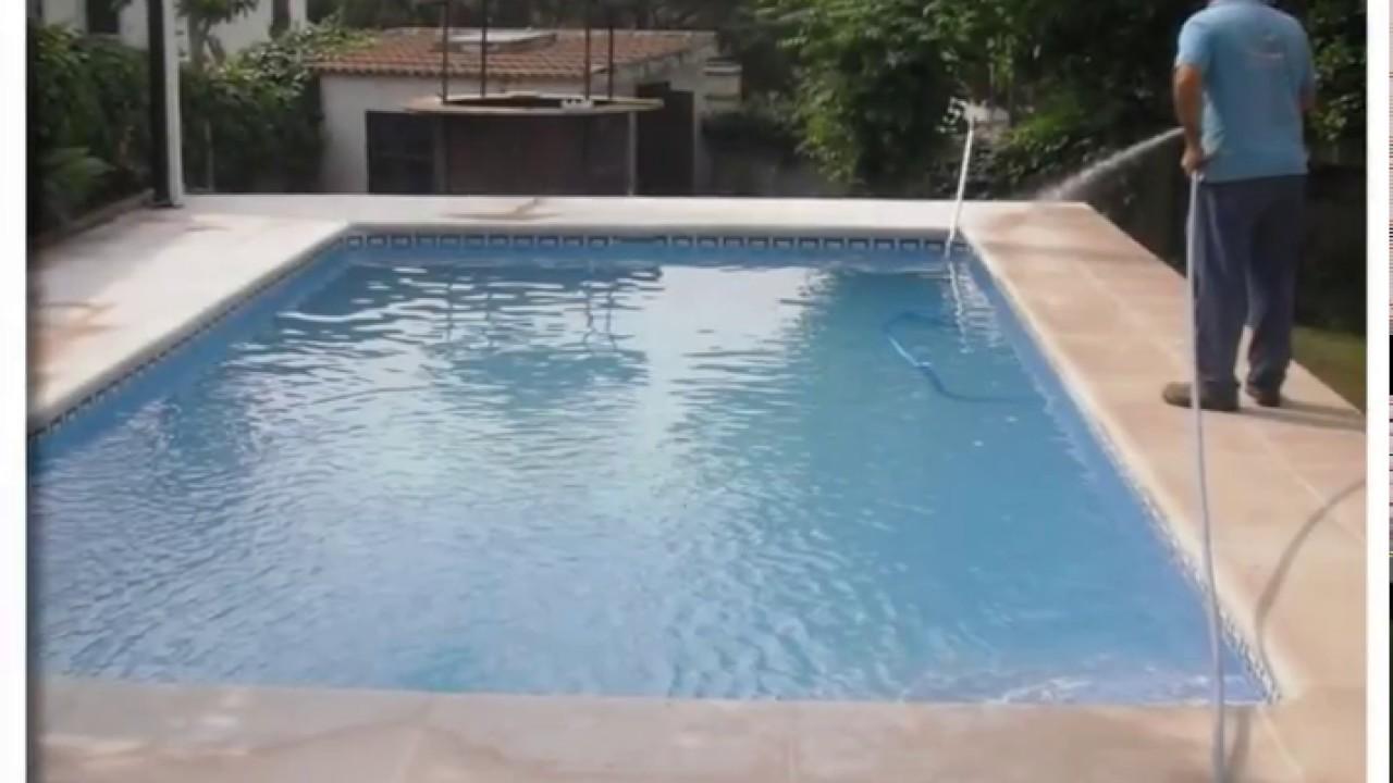 Construcci n de piscinas prefabricadas de poli ster en for Construccion de piscinas en malaga