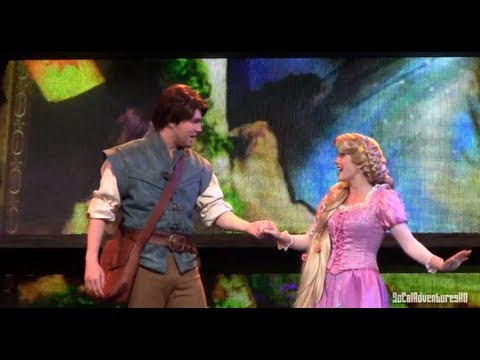 [HD] Full Up-Close of Mickey and the Magical Map Show at Disneyland - Tangled Show Live!