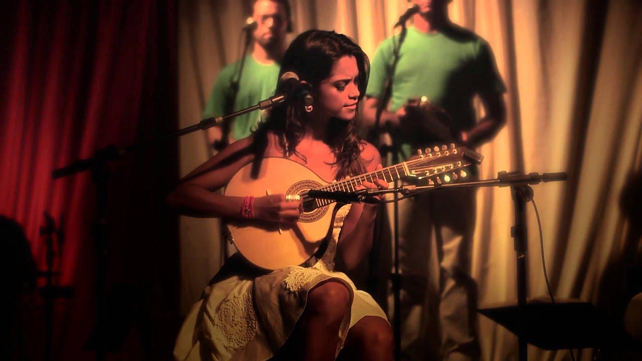 Download Lucy Alves - Sabiá