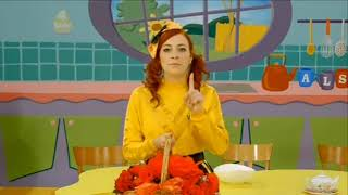 The Wiggles Emma's Roses For Dorothy The Dinosaur