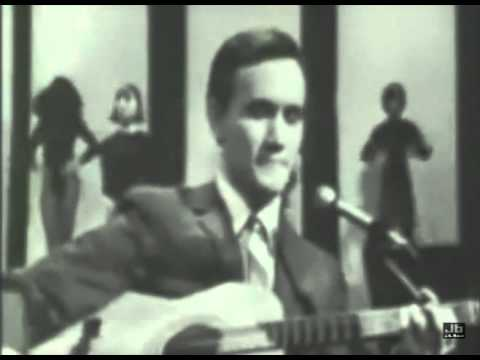 Roger miller england swings the big t n t show aug 1966 youtube roger miller england swings the big t n t show aug 1966 stopboris Images