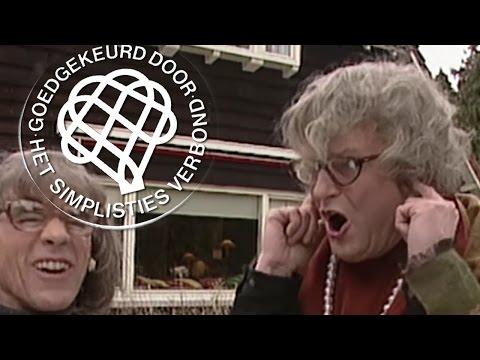De zusjes Veenendaal en de seksuele intimidatie - Van Kooten en De Bie