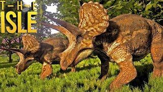 THE ISLE um jogo onde vc encarna os próprios dinossauros, tendo que...