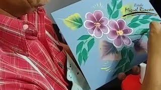 Flores y Hojas en Pincelada Básica para tu Hogar en Pintura Decorativa con Miguel Rincón.