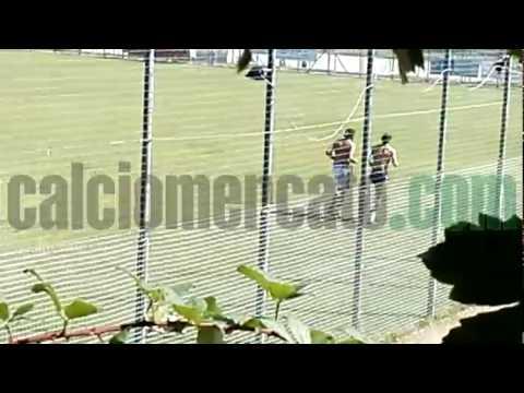 Caceres si allena per Inter o Milan