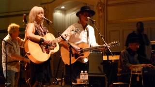Emmylou Harris & Rodney Crowell - Leaving Louisiana in the Broad Daylight - live Hamburg  2013-05-31