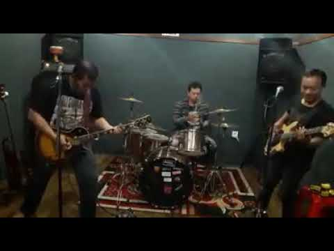 Silver crash band (larantuka) cover by sas band