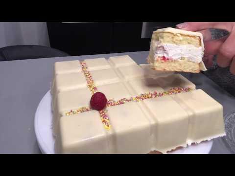 gâteau-aux-framboises-et-crème-chantilly-vanille