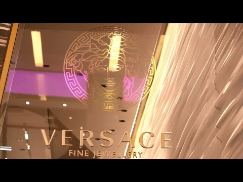 Versace Fine Jewellery unveils the new concept of its flagship boutique in Dubai Mall