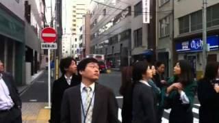 earthquake 2011-03-11 At hacchobori, Tokyo