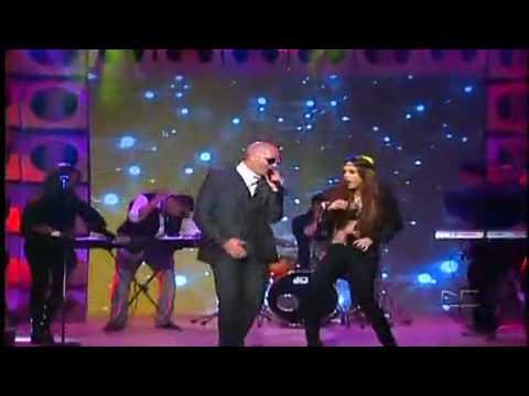 Belinda Feat Pitbull Egoista El Show de Cristina 2010.mp4