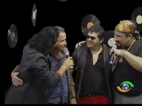 Carlos Antonio Canta Seus Sucessos No Programa Só No Vinil Na TV