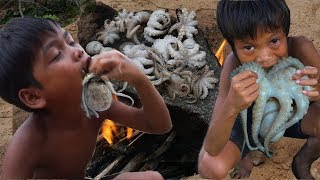Primitive Technology KH - Eating delicious - Awesome cooking octopus on rock