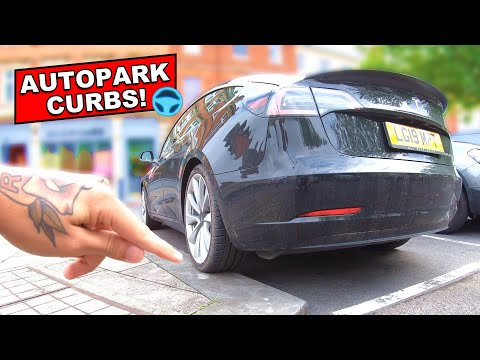 AUTOPARK finds space & CURBS / KERBS when parking! | Tesla Model 3 101 (FSD/HW3)