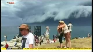 Shelf Cloud Tsunami (Australia) - Sky News - 6th November 2015