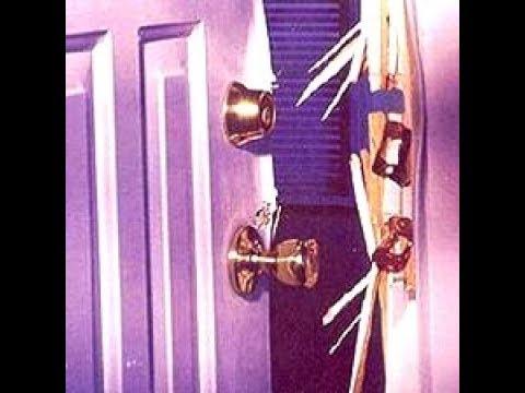 Mom Kicks In Son's Door Then calls The Handyman To Fix It | THE HANDYMAN |