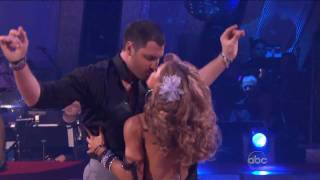 Leona Lewis - Bleeding Love [Live at Dancing With The Stars 2008]