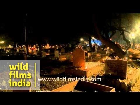 Muslims visit ancestral graveyard during Shab-e-barat