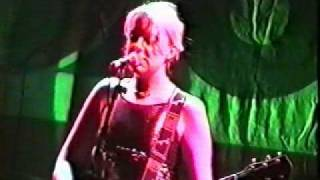 Kenickie Live at Highbury Garage - 5/8 - Millionaire Sweeper (1997)