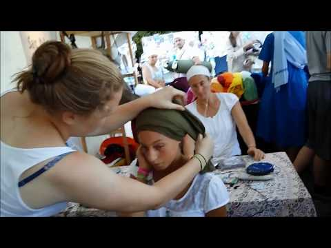 Turban tying at the European Yoga Festival, Style #3