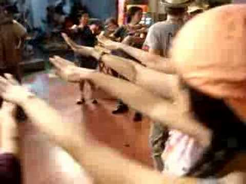 国煌教跳舞