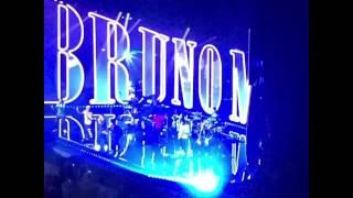 Baixar Bruno Mars 24k magic live opening theater park Las Vegas