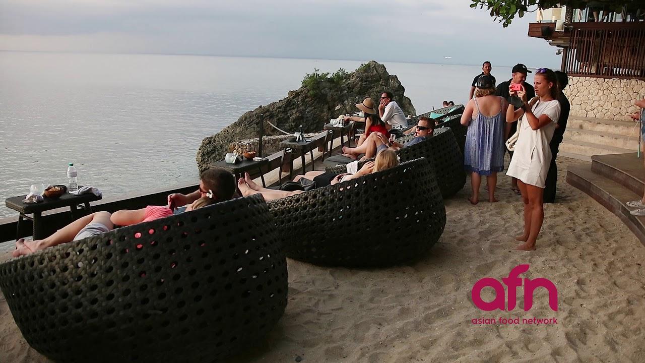 Exploring the hidden side of #Bali - Maximum Foodie is premiering on Asian Food Network in July!
