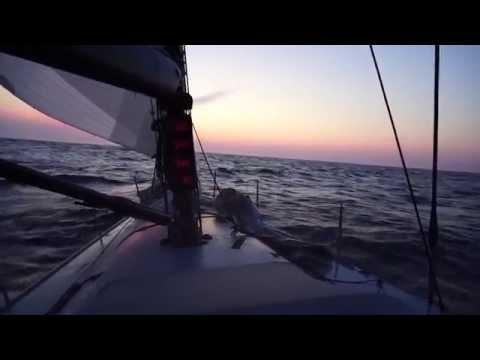 Seventeen Point Seven: Surfing under Spinnaker Offshore